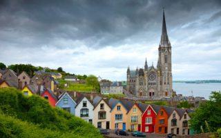 Ξενάγηση στην πράσινη χώρα των παμπ, των Κελτών και των θρύλων! Ιρλανδία