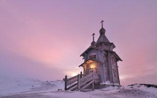 """Η πιο """"μοναχική"""" ορθόδοξη εκκλησία στον κόσμο!"""