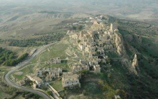 """Μια ελληνική """"πόλη-φάντασμα"""" στην Ιταλία!"""