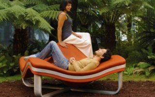 Αυτή η πολυθρόνα είναι σούπερ άνετη και… παράξενη!