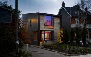 Δείτε ένα «μινιμαλιστικό» σπίτι στο Τορόντο